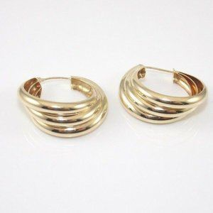 10K Gold Isreal Triple Ribbed Earrings